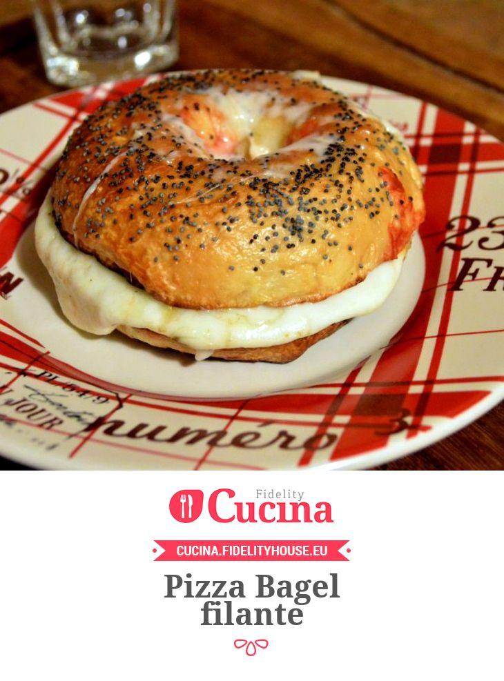 Pizza Bagel filante della nostra utente Beatrice. Unisciti alla nostra Community ed invia le tue ricette!