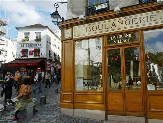Le Fournil de village boulangerie in the Montmartre section of Paris.