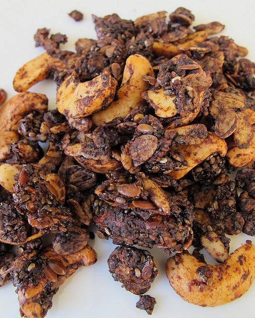 chocolate, cashew & honey granola