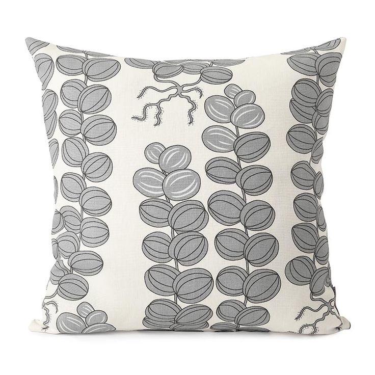 Cushion Celotocaulis Grey Linen. Svenskt Tenn