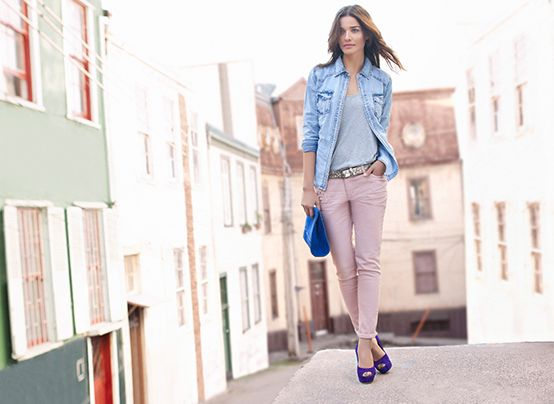 Descubre toda la moda y estilo con esta nueva colección.