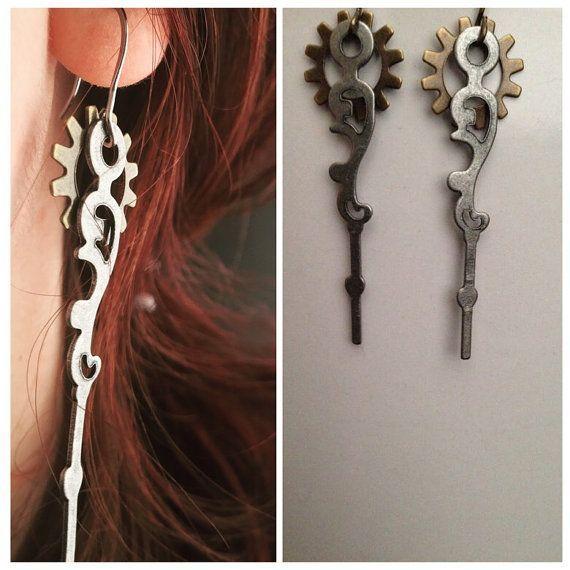 Steampunk Earrings Silver Clock Hand and by ArcanumByAerrowae #earrings