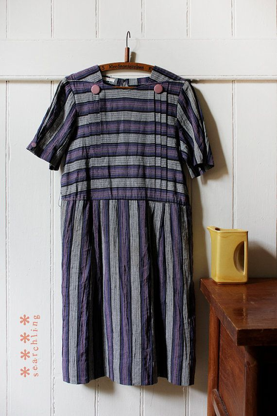 Vintage 1970's striped dress with button detail - Medium - Large