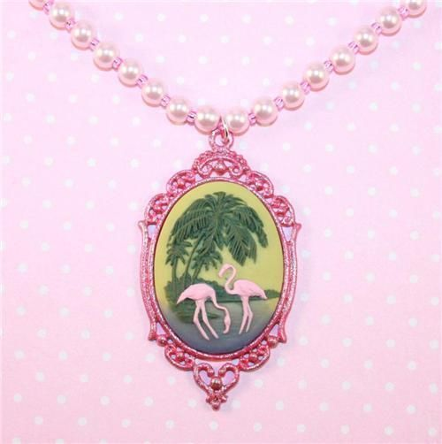Pink flamingo cameo pearl necklace by Lavish Accessories #flamingo #pink #kitsch #kawaii #retro #hawaii #tiki #rockabilly #lavishaccessories