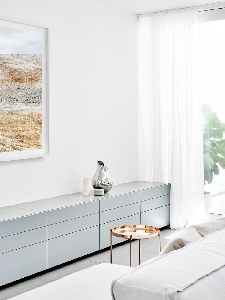 Residential Interior by Fiona Lynch Design Office Caroline Street House. Photography by Brooke Holm, styling by Marsha Golemac.