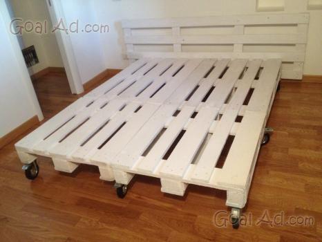 Pi di 25 fantastiche idee su costruire un letto su pinterest telaio di letto fai da te e - Parti di un letto ...