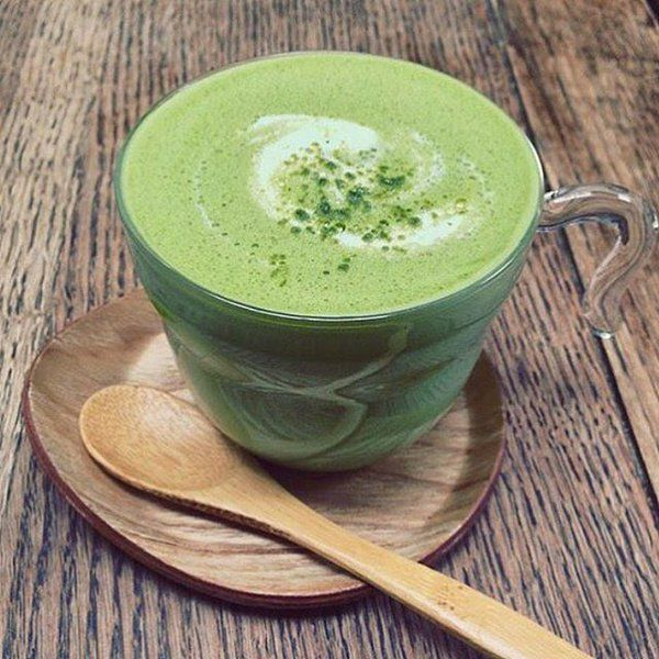 Drinking Matcha instead of coffee..because it is so much healthier!!!!!#tea #detox #detoxtea #looseleaftea #healthy