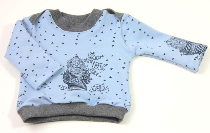 Freebie – Kindershirt mit Kreuzausschnitt inkl. Schnittmuster