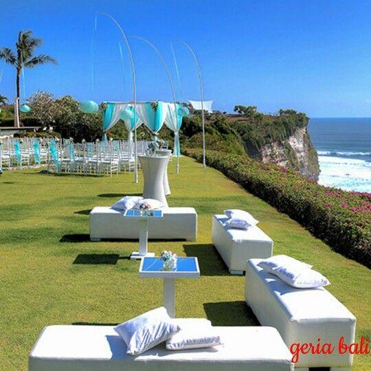 instagram.com/p/6AgskSi-0Z/  #wedding #venue #bali #cliff #balivilla #holiday #weddingvenue