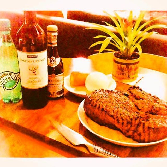 #休日 #家 #おもてなし #肉 #料理 #ローストビーフ #インパクト  #ステーキ #ジューシー #昼 #ランチ #お昼ご飯 #お酒 #宅飲み #オシャレ  #愉快 #贅沢 #楽しい #嬉しい #最高 #簡単 #思い出 #お気に入り #飲み会