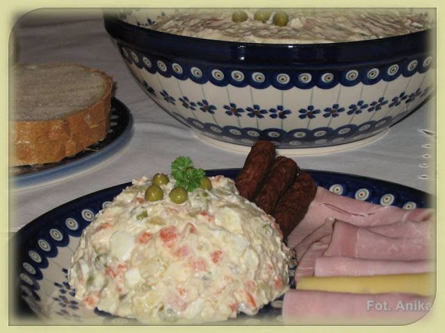 Sałatka jarzynowa tradycyjna                   Sałatkę jarzynową przyrządzam tak, jak robiła to moja mama. Mówi się : sałatka jarzynowa i  w...