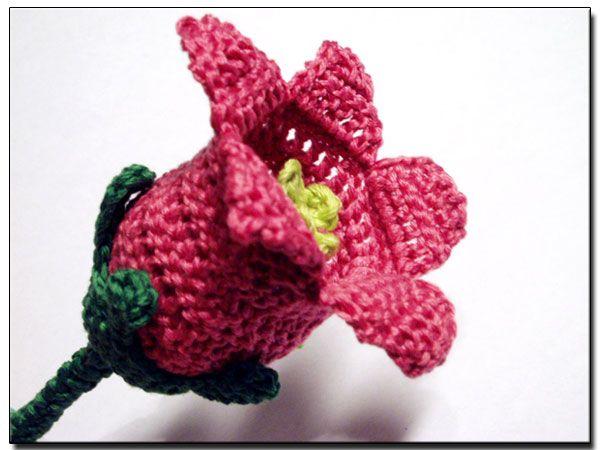 Free Crochet Flower Patterns With Stems : crochet bell - melibondre.com CROCHET Flowers and Leaves ...