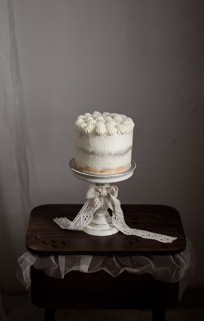 Vintage wooden cake stand