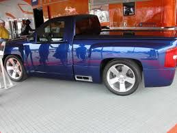 1000 ideas about chevy silverado ss on pinterest 2005 chevy silverado chevy c10 and c10. Black Bedroom Furniture Sets. Home Design Ideas