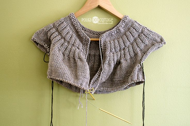 How To Increase Stitches In Knitting Sleeves : 15 best images about pdc: everyday cardigan kal on Pinterest Cottages, We a...
