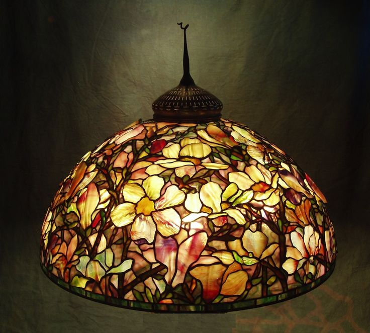 28 magnolia shade created in 2008 stained glass lampsleaded