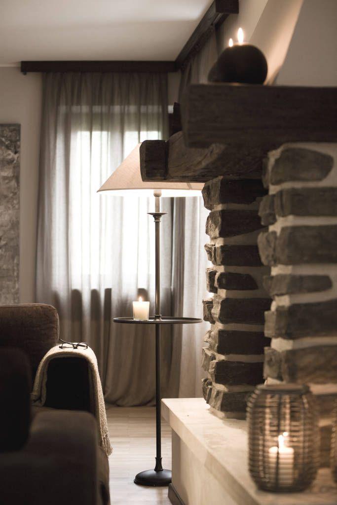 dettagli decorativi nella zona living (di STUDIO PAOLA FAVRETTO SAGL - INTERIOR DESIGNER)