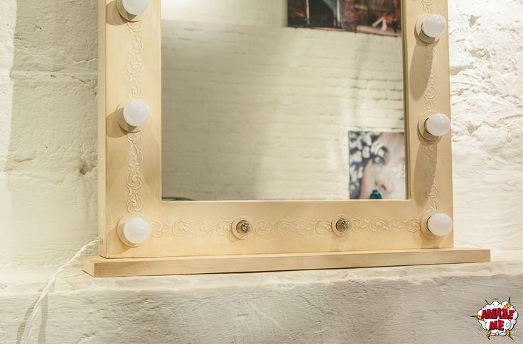 """Гримерное зеркало """"Le Divine"""" создано для натур, чей утонченный образ подчеркнут элегантностью и уверенностью. Гримерное зеркало """"Le Divine"""" - это женственность, роскошь и истинное благородство. Это желание любить и быть любимой, ощущая подлинную свободу! Заказать гримерное зеркало со свои уникальным дизайном можно на нашем сайте>>> http://rayapple.ru/mirror/  #гримерноезеркало #зеркало #mirror #makeup #makeupmirror #dressingroom"""