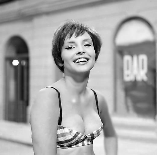 The 50's and 60's is the time of really sensual beauties on the Polish movie screens. Presenting Teresa Tuszyńska