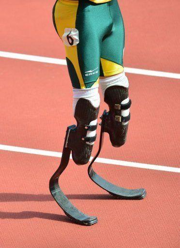 1361848916_oscar_ristorius_leg_prosthetics.jpg (372×512)