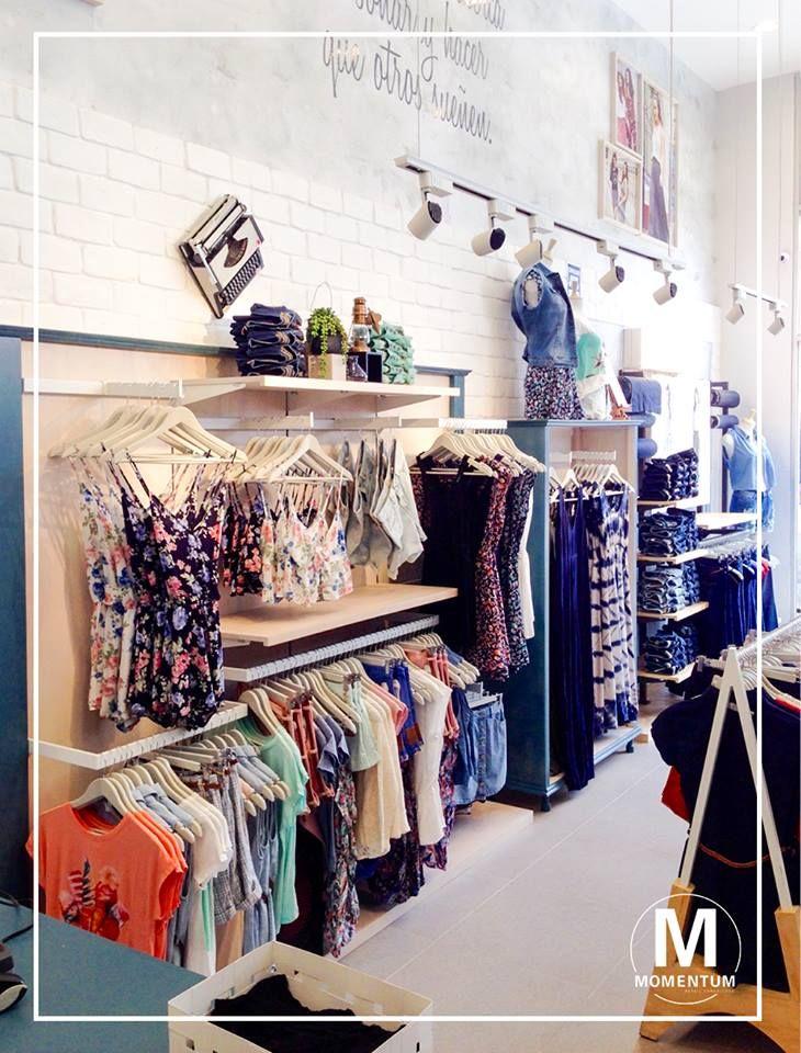 Generamos flujos de circulación y distribución interior del local para guiar al consumidor a través de la tienda.  Información a: info@momentumretail.com.pe