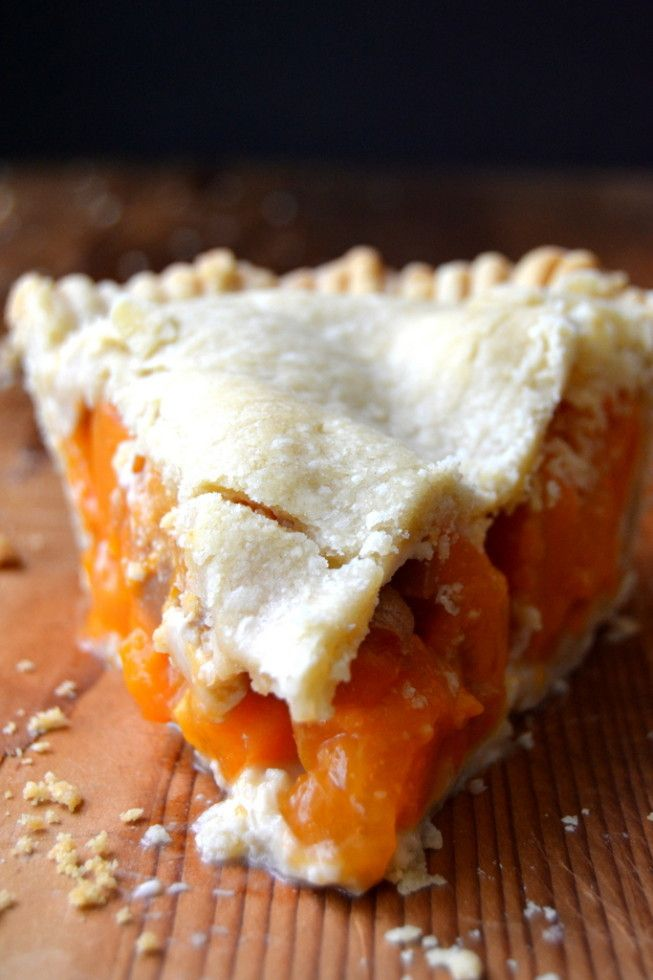 The perfect slice of apricot pie --- fresh apricots make a nice change from apples or blueberries in your summer pies! --- theviewfromgreatisland.com