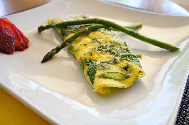 Snídaňová omeleta s chřestem už rovnou v základu. Děláme podle vlastního receptu.