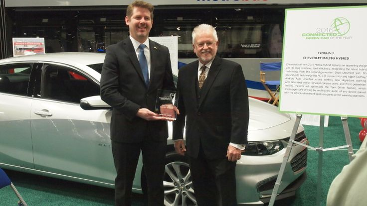 Chevy Malibu Hybrid wins 2016 Connected Green Car of the Year