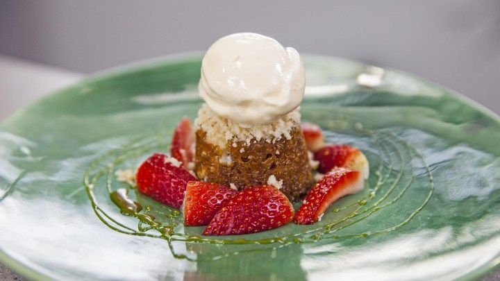 ... Pinterest | Sticky date pudding, Fig pudding and Sticky toffee pudding