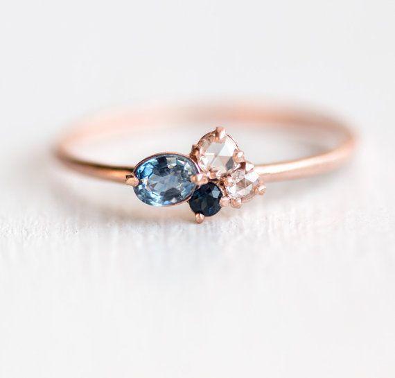 Heidelbeer-Mini-Cluster-Ring / / Blue Saphir-Ring / / 14 k