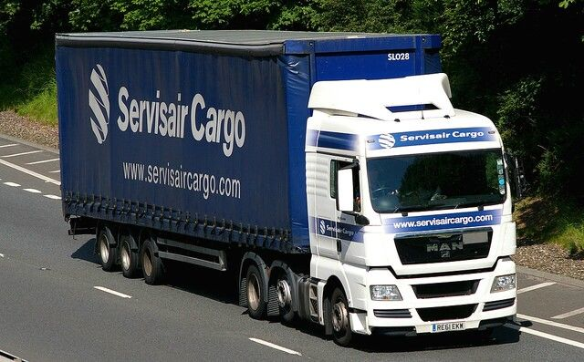 MAN TGX 26.440 - SERVISAIR CARGO Glasgow RE61 EKW.......M90 Perth. Mike Brocklebank's Photostream