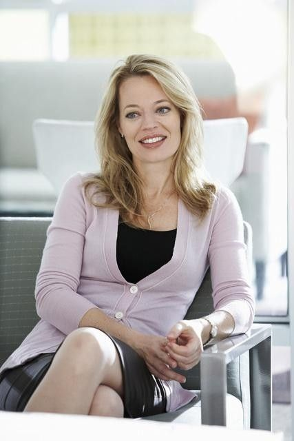 Jeri Ryan in Helping Hand (2011)