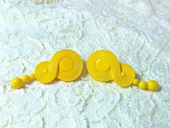 Infinity Yellow Amarillo Stud Soutache Earring by RenaSoutacheArt