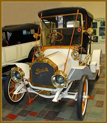 1908 Buick Model 10 Convertible ════════════════════════════════ http://www.alittlemarket.com/boutique/gaby_feerie-132444.html ☞ Bijoux Gαвy-Féerιe ѕυr ALιттleMαrĸeт  https://www.etsy.com/shop/frenchjewelryvintage?ref=l2-shopheader-name ☞ Jewelry of FrenchJewelryVintage on Etsy  http://gabyfeeriefr.tumblr.com/archive ☞ Bijoux / Jewelry sur Tumblr