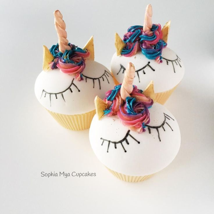 Unicorn Cupcakes - Cake by Sophia Mya Cupcakes (Nanvah Nina Michael)