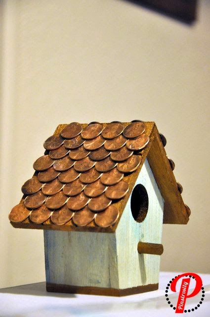 ECOMANIA BLOG: Nests Feeders and Recycled
