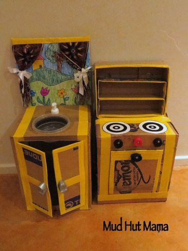 LOVE this cardboard play kitchen set from @Jody Tilbury !
