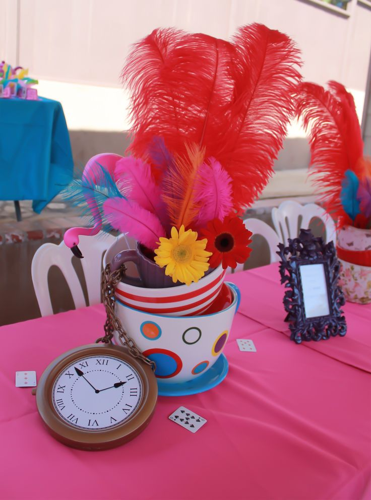 alice in wonderland centerpiece party decor pinterest