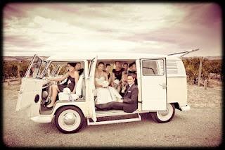 Kombi wedding - full bus