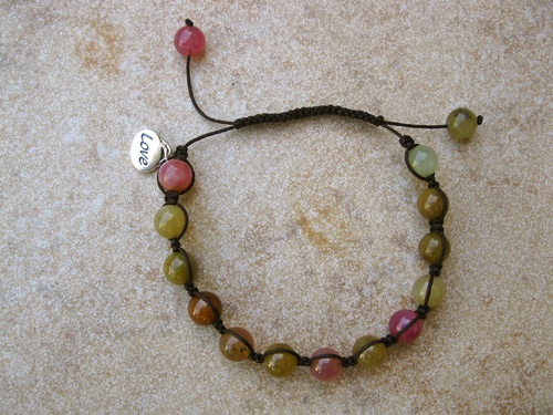 Jade Shambala love bracelet - Jade gemstones in this Shambala bracelet (with a small love charm) can pass on your love and best wishes for good health