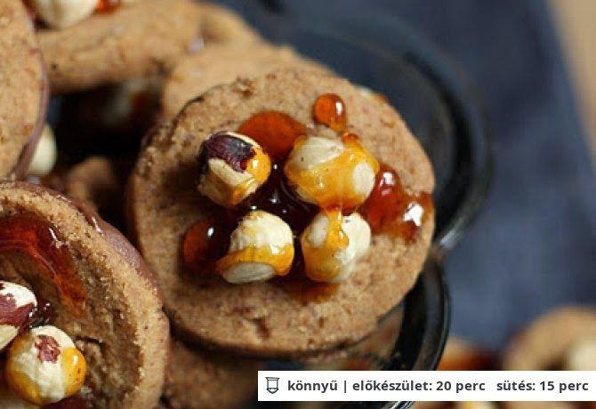 Keksz Blog: Mogyoróvajas keksz sós karamellel
