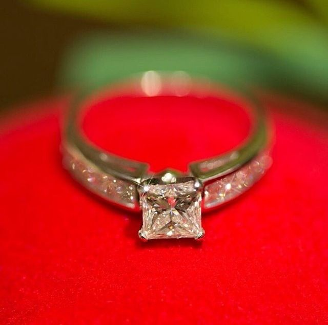 Holiday Break Engagement Rings And Engagement On Pinterest