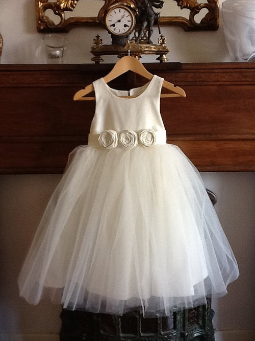 Flower girl dress - cotton ivory girls dress