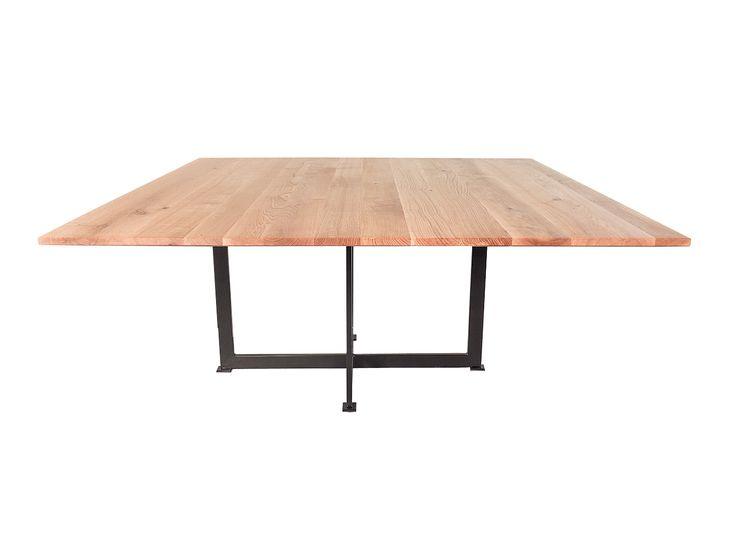 Texas - Vierkante tafel voor 8 of 10 personen. Massief eiken met elegant onderstel