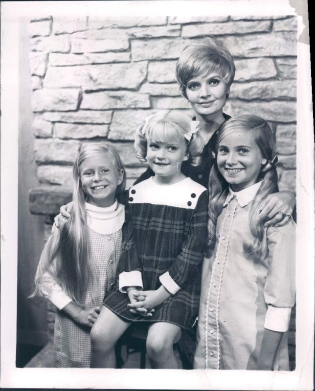 450 Best Images About The Brady Bunch On Pinterest