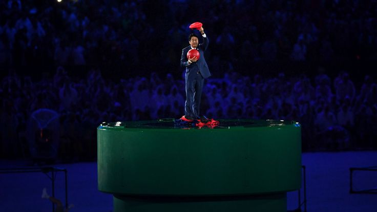 Tokyo2020: Japan's prime minister turns to Mario at the closing ceremony of Rio2016  #‎Japan‬ ‪#‎Tokyo2020‬ ‪#‎Rio2016‬ ‪#‎Olympics‬