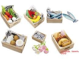Wooden set of market crates. Six assorted. Fish, bread, flowers, fruit, vegie and dairy. Great addition to the Le Toy Van Market Stall AGE: 3+ #toys2learn#letoyvan#market #crates#produce#cook#cooking #pretendplay#play#toys#toy#children#child #kids