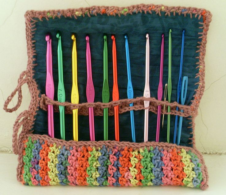 """A couple of weeks ago there was a sale at my local wool shop and I bought some """"smiley stripes"""" rainbow coloured yarn. Then I got it home and didn't really know what to do with it…"""