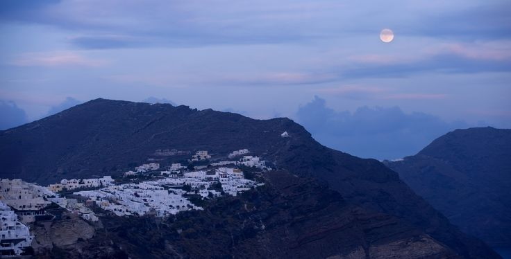 Santorini full moon
