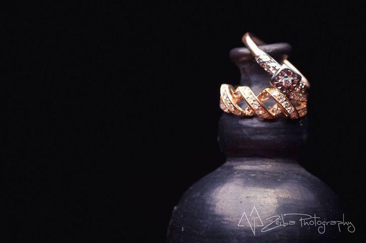 Zeiba Photography – Destination Weddings in the Yucatan Peninsula. Simple, elegant wedding ring